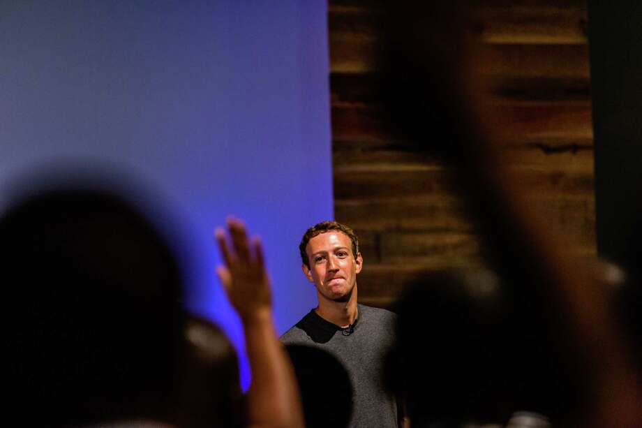 FILE é' Mark Zuckerberg speaks with software developers and entrepreneurs in Lagos, Nigeria, Aug. 31, 2016. Facebook announced sweeping changes to its News Feed on Jan. 11, 2018, saying that it would prioritize what their friends and family share and comment on while de-emphasizing content from publishers and brands. (Ali Asaei/The New York Times) Photo: ANDREW ESIEBO, STR / NYTNS