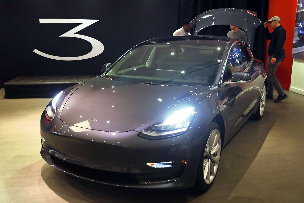 Tesla 3 at Stanford Shopping Center in Palo Alto, Calif., on Thursday, January 11, 2018.