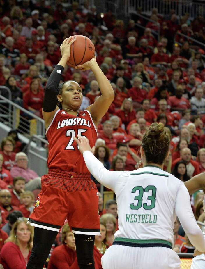 Louisville guard Asia Durr (25) shoots over Notre Dame forward Kathryn Westbeld (33) during the second half of an NCAA college basketball game, Thursday, Jan. 11, 2018, in Louisville, Ky. (AP Photo/Timothy D. Easley) Photo: Timothy D. Easley, FRE / FR43398 AP
