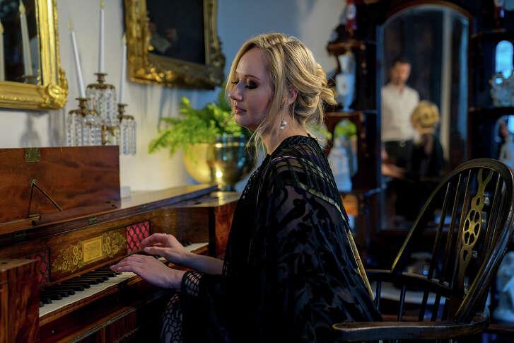 "Mercury Houston will present ""Loving Clara Schumann"" Saturday."