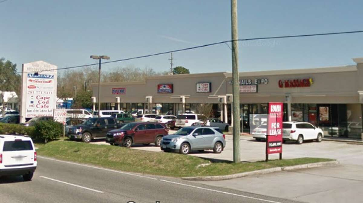 A screenshot of a Google Maps image of the strip mall where Q Massage, right, and Allstarz Academy Daycare, left, are located.
