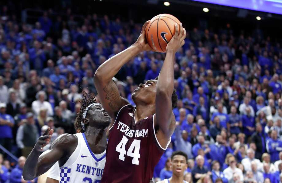 LEXINGTON, KY - JANUARY 09:  Robert Williams #44 of the Texas A&M Aggies shoots the ball against the Kentucky Wildcats during the game at Rupp Arena on January 9, 2018 in Lexington, Kentucky.  (Photo by Andy Lyons/Getty Images) Photo: Andy Lyons, Staff / Getty Images / 2018 Getty Images