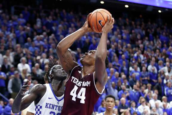 LEXINGTON, KY - JANUARY 09:  Robert Williams #44 of the Texas A&M Aggies shoots the ball against the Kentucky Wildcats during the game at Rupp Arena on January 9, 2018 in Lexington, Kentucky.  (Photo by Andy Lyons/Getty Images)