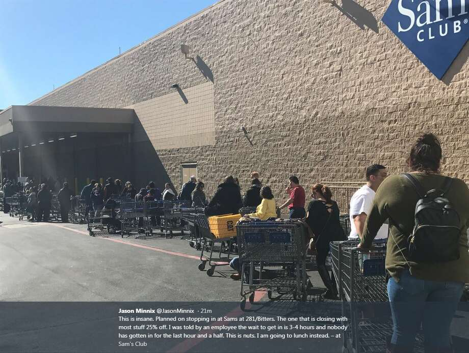"""@JasonMinnix on Twitter: """"This is insane. Planned on stopping in at Sams at 281/Bitters. The one that is closing with most stuff 25% off. I was told by an employee the wait to get in is 3-4 hours and nobody has gotten in for the last hour and a half. This is nuts. I am going to lunch instead."""" Photo: Twitter"""