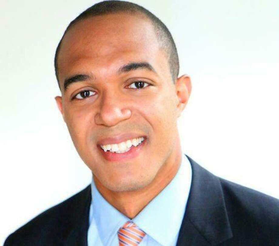 Aaron Wright has joined KENS-TV as noon anchorman. Photo: Courtesy KENS