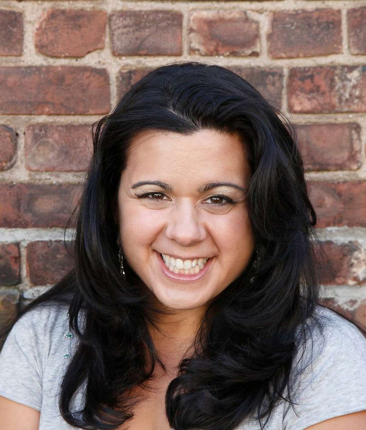 Regina DeCicco performs at the Treehouse Comedy Club in the Westport Inn on Jan. 20.