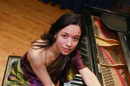 Isabella Mendes brings her eclectic mix of American jazz standards, authentic bossa nova and Brazilian jazz to the Milford Center for the Arts on Jan. 21.