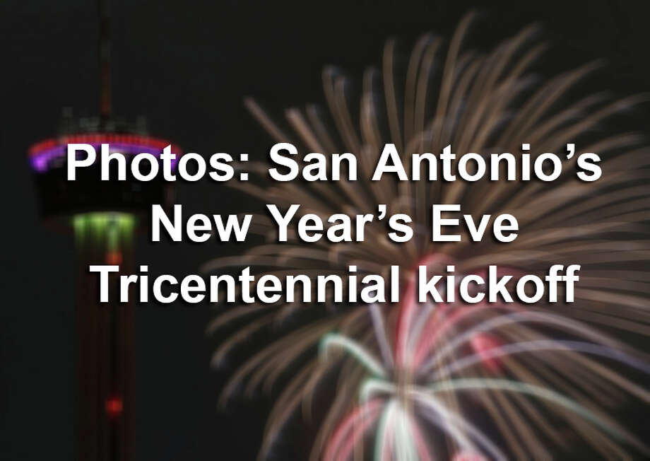 """A view of the Tower of the Americas and fireworks during San Antonio's """"Celebrate 300"""" New Year's Eve festival held Monday Jan. 1, 2018. Photo: Edward A. Ornelas/San Antonio Express-News"""