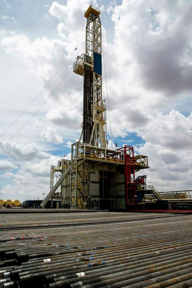 Texas oil and gas producers paid more in taxes and royalties last year as oil prices climbed and drilling activity ramped up in the Permian Basin and elsewhere in the state.    Photo: Michael Ciaglo, Staff / Michael Ciaglo
