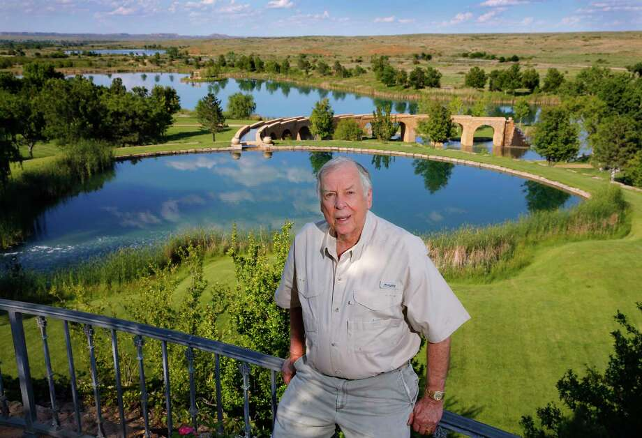 T. Boone Pickens earned much of his wealth in energy futures after turning 75.  Photo: Tom Fox, MBR / The Dallas Morning News