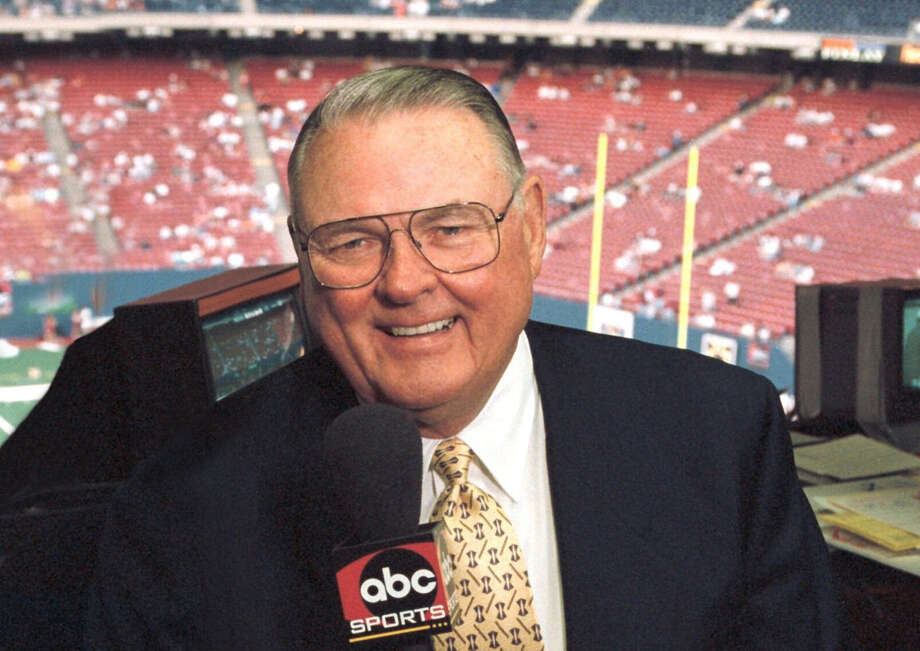 "ABC7 (12/29/98)The ""voice of college football,"" veteran sportscaster Keith Jackson will call the action for the 1999 ROSE BOWL presented by AT&T on FRIDAY, JAN. 1 (4:30-8:30 pm, ET); and the Tostito's FIESTA BOWL, this season's college football championship game, on MONDAY, JAN. 4 (8:00 pm, ET) on the ABC Television Network.  The Fiesta Bowl will be Jackson's last game, as the veteran sportscaster will retire after 32 years as ABC's top college football announcer.  Jackson has spanned the globe to announce a wide variety of sports, including boxing, swimming, golf, arm-wrestling, basketball, baseball, auto racing and 10  Olympic Games.  PLEASE SEE abcmedianet.com FOR MORE PHOTOS AND INFORMATION. Photo: IDA MAE ASTUTE/ABC"