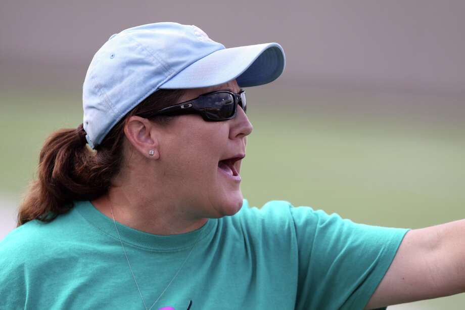 Friendswood head coach  Laura Peter will have a young team this winter to make a run for the District 24-6A soccer championship. Photo: Staff Photographer / ALAN WARREN