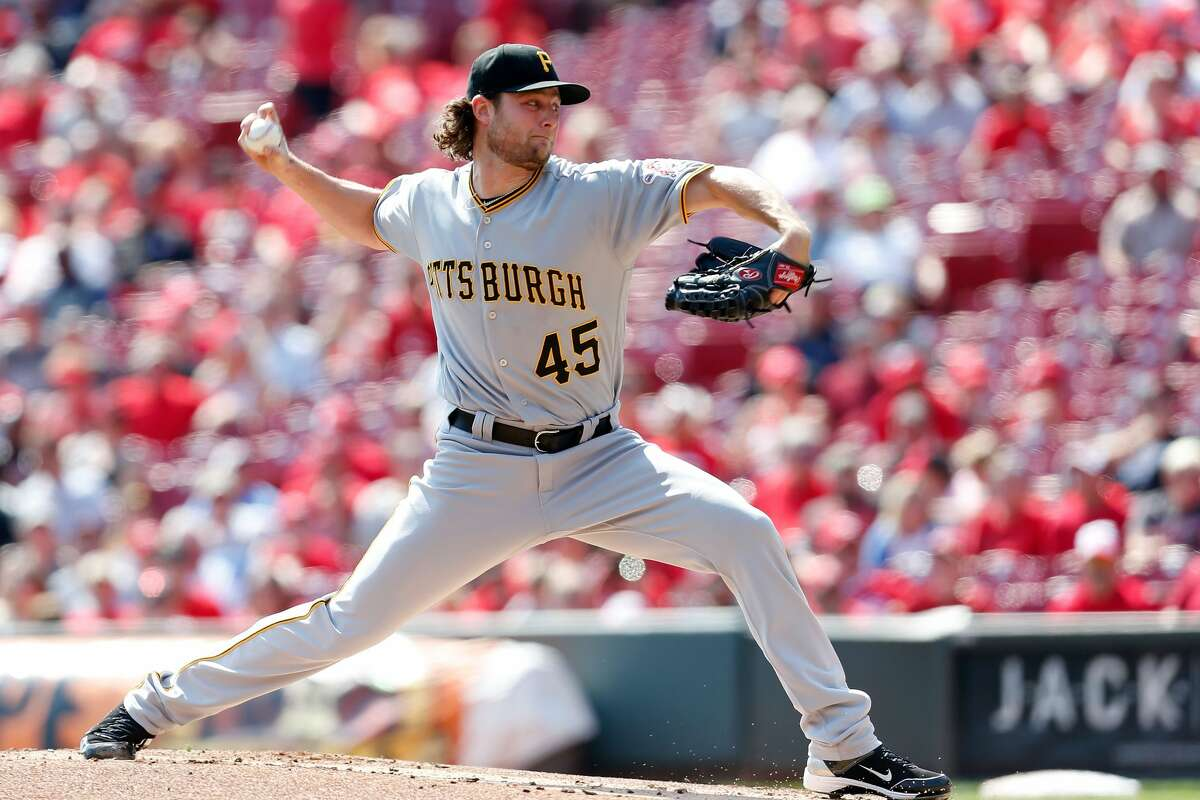 CINCINNATI, OH - SEPTEMBER 17: Gerrit Cole #45 of the Pittsburgh Pirates throws a pitch during the first inning of the game against the Cincinnati Reds at Great American Ball Park on September 17, 2017 in Cincinnati, Ohio. (Photo by Kirk Irwin/Getty Images)
