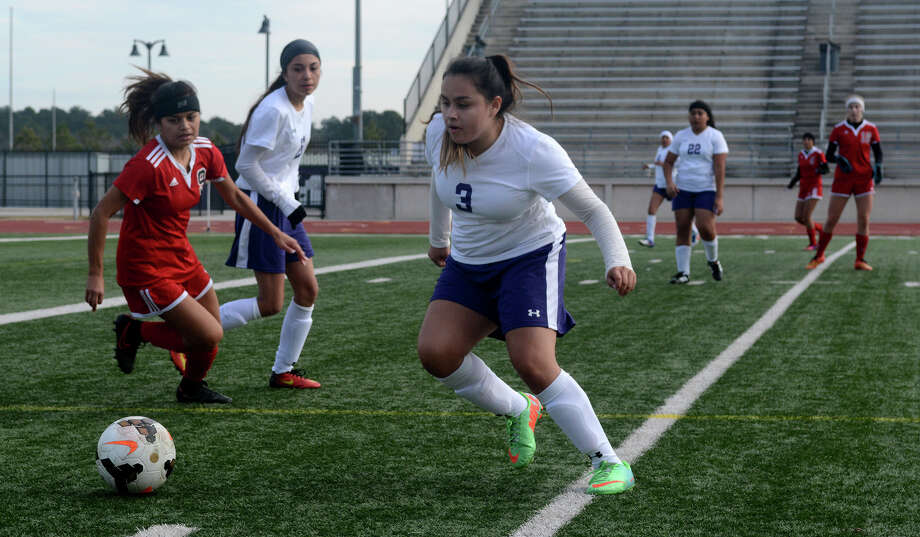 Humble sophomore midfielder Diana Tierrablana (3) works for the ball against a Clear Brook defender during their match at the Humble ISD Women's Invitational at Turner Stadium on Jan. 5, 2018. (Photo by Jerry Baker/Freelance) Photo: Jerry Baker, Freelance / Freelance