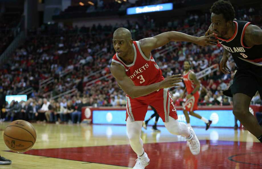 In 24 games, Rockets guard Chris Paul, left, is averaging 18.6 points and 9. 2 assists, and his play with fellow guard James Harden has been productive. Photo: Yi-Chin Lee, Houston Chronicle / © 2018  Houston Chronicle