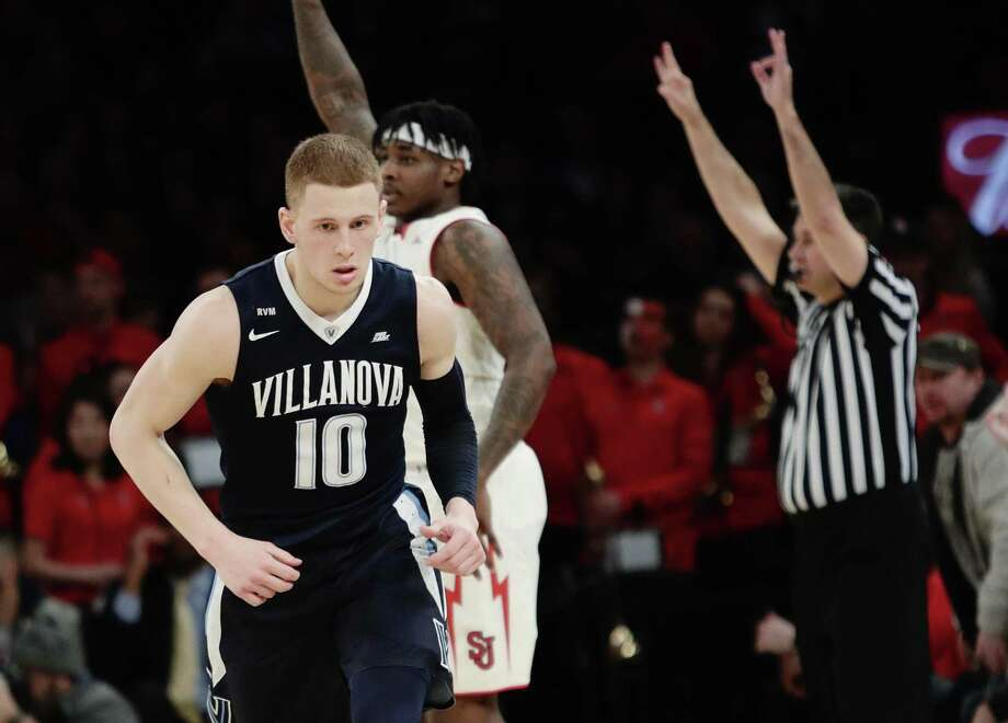 Villanova's Donte DiVincenzo reacts after making a 3-pointer against St. John's on Saturday. Photo: Frank Franklin II / Associated Press / Copyright 2018 The Associated Press. All rights reserved.