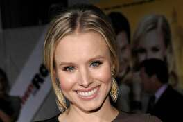 """Actress Kristen Bell arrives at a premiere of the feature film """"When In Rome"""" in Los Angeles on Wednesday, Jan. 27, 2010.  (AP Photo/Dan Steinberg)"""
