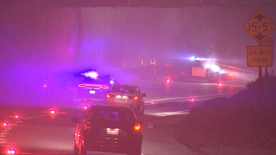 Southbound I-280 at Alemany Boulevard was closed because of a shooting. Jan. 15, 2018. Photo: KTVU