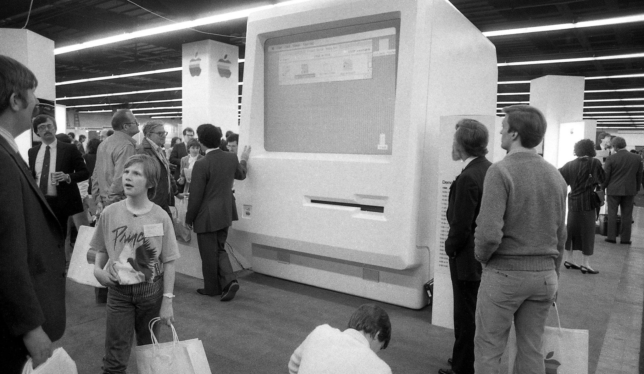 Photos of the first Macworld in 1985, and why Steve Jobs was a no-show