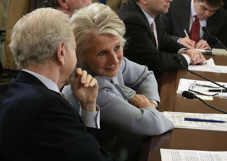 """Former U.S. Sen. Joseph Lieberman (I-CT) (L) talks to former U.S. Rep. Jane Harman (D-CA) (R), director of the Woodrow Wilson Center, during a hearing before the House Homeland Security Committee January 15, 2014 on Capitol Hill in Washington, DC. The committee held a hearing on """"A False Narrative Endangers the Homeland,"""" focusing on the administration's narrative on the threat from al Qaeda."""