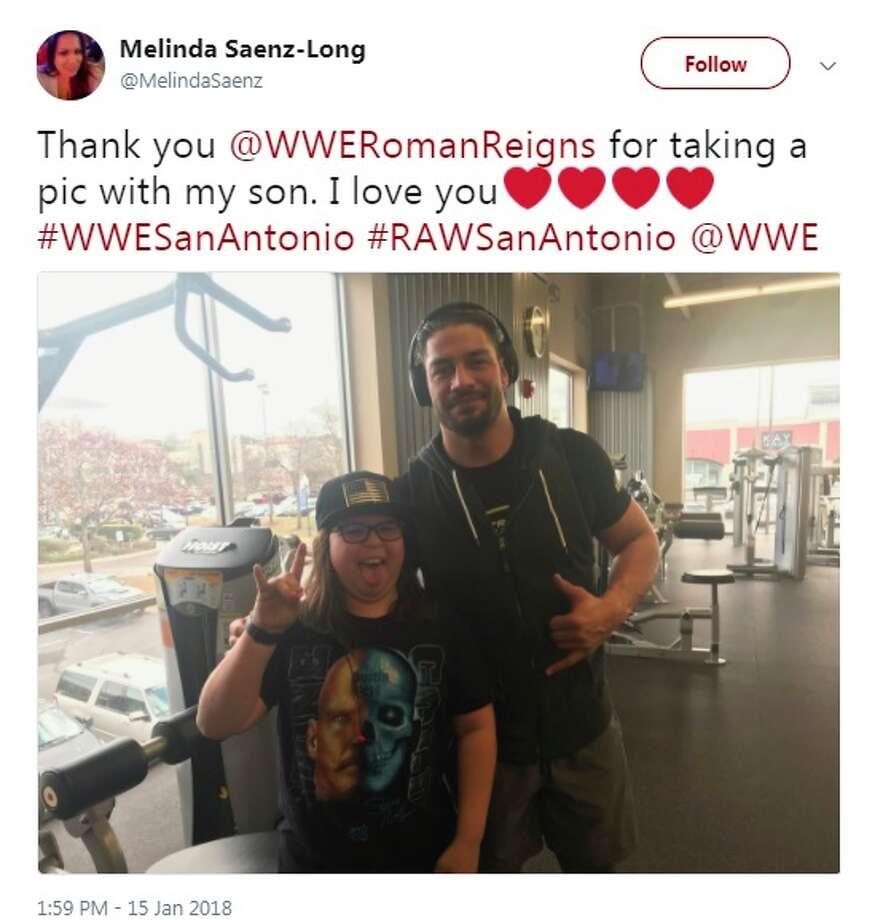 MelindaSaenz: Thank you @WWERomanReigns for taking a pic with my son. I love you #WWESanAntonio #RAWSanAntonio @WWE Photo: Instagram, Twitter