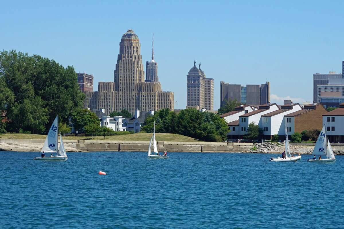 Buffalo, New York had the second greatest share of homes selling above their list prices. About 46% of homes in the city sold above list in September of this year.