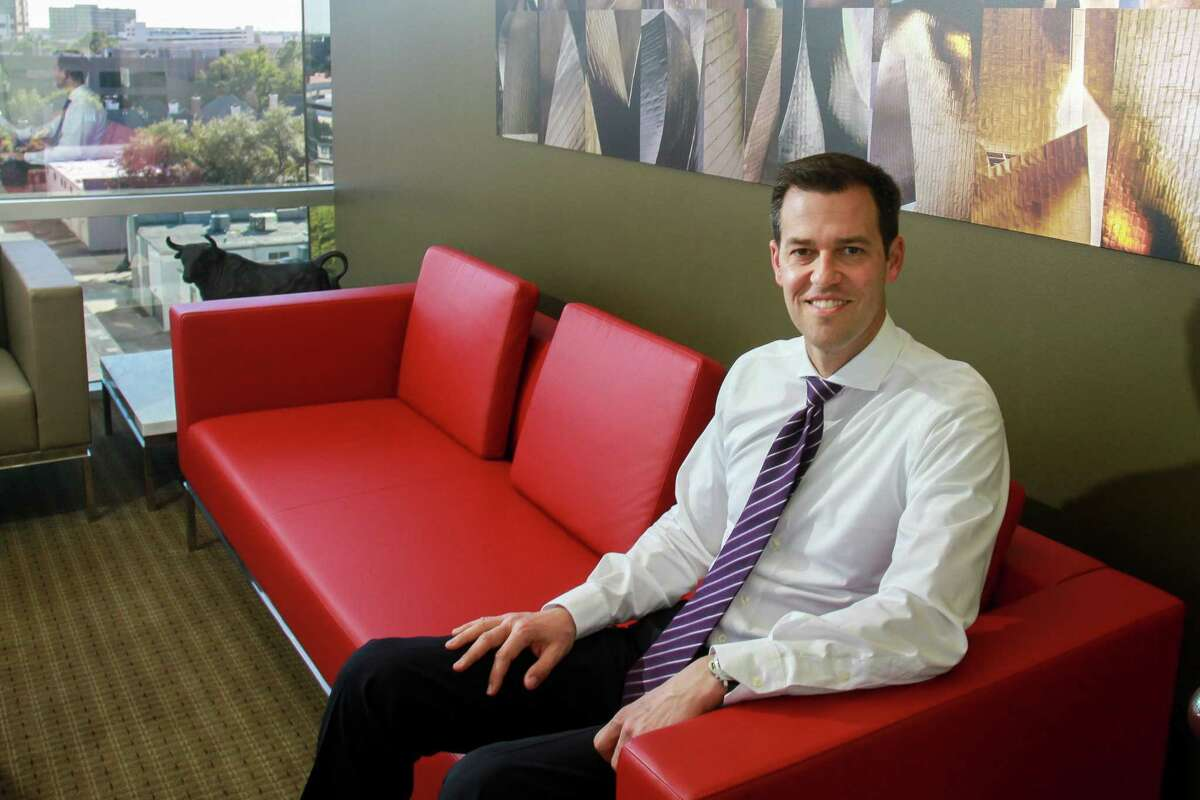 """Crown Castle CEO Jay Brown expects """"terrific growth and cash flow growth in 2018."""""""