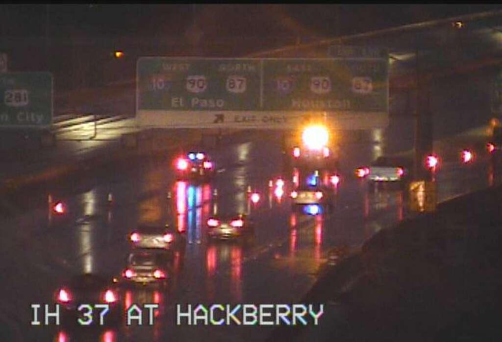 TxDOT: Ice, crashes reported on San Antonio highways as arctic ...