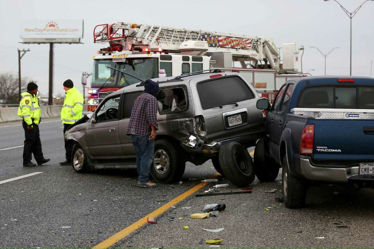 A wreck at Thousand Oaks and I-35 is seen Tue., Jan 16, 2018. Freezing rain and sleet is making area roads dangerous for travel.