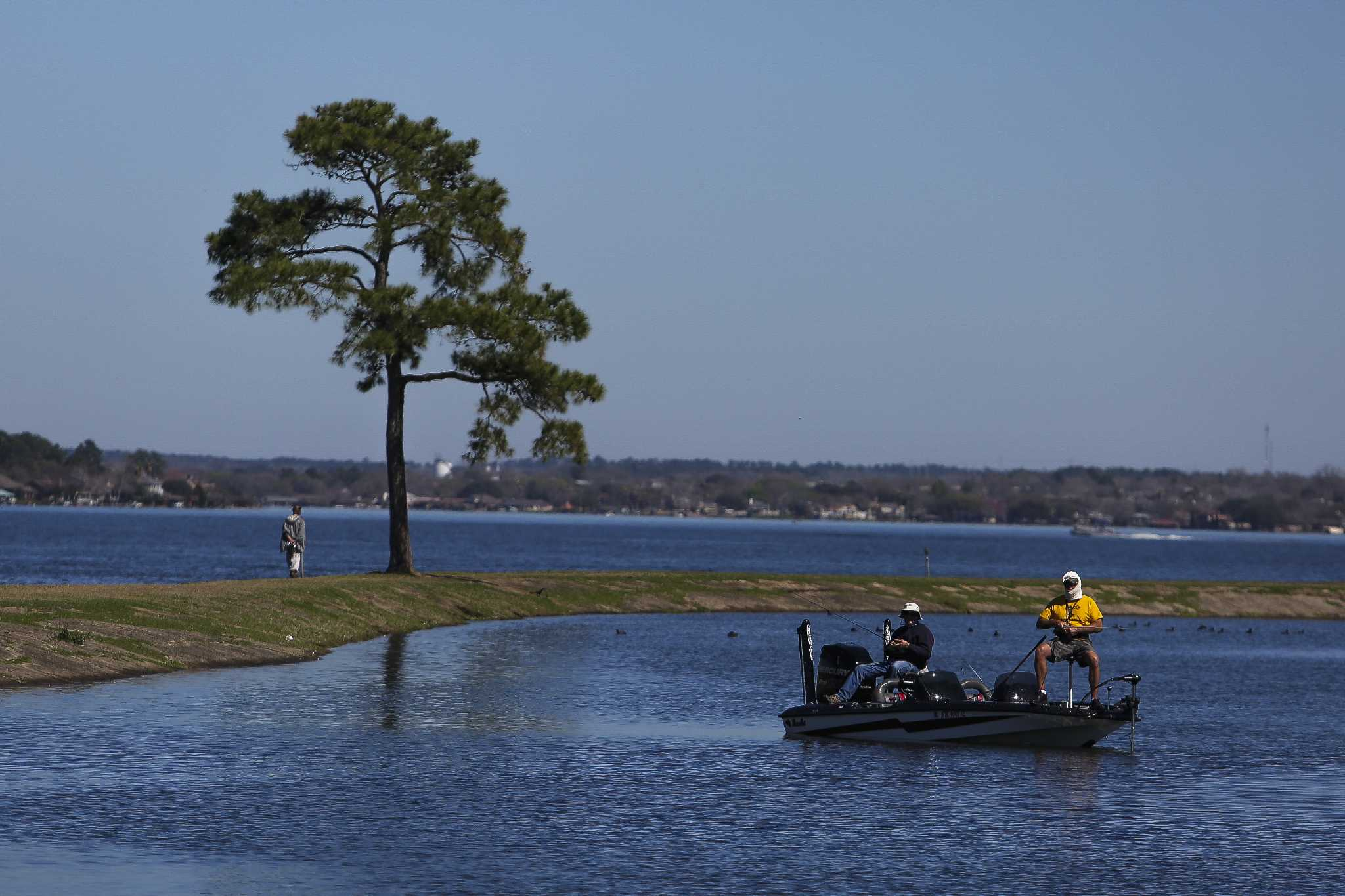Lake conroe fishing report the courier for Fishing lake conroe
