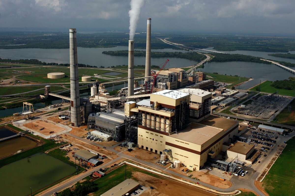 What does the future hold for CPS Energy's J.K. Spruce coal plant? That question is one reason the utility should release its resource plan.