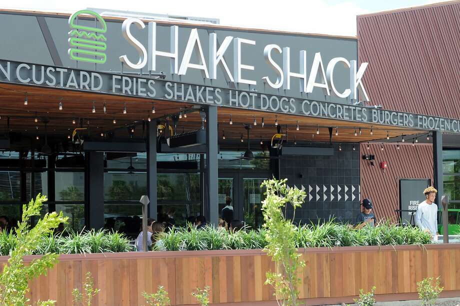 Shake Shack is coming to the Bay Area soon, with its first location in Palo Alto. Pictured is a Shake Shack restaurant in San Antonio. Photo: Paul Stephen, San Antonio Express-News