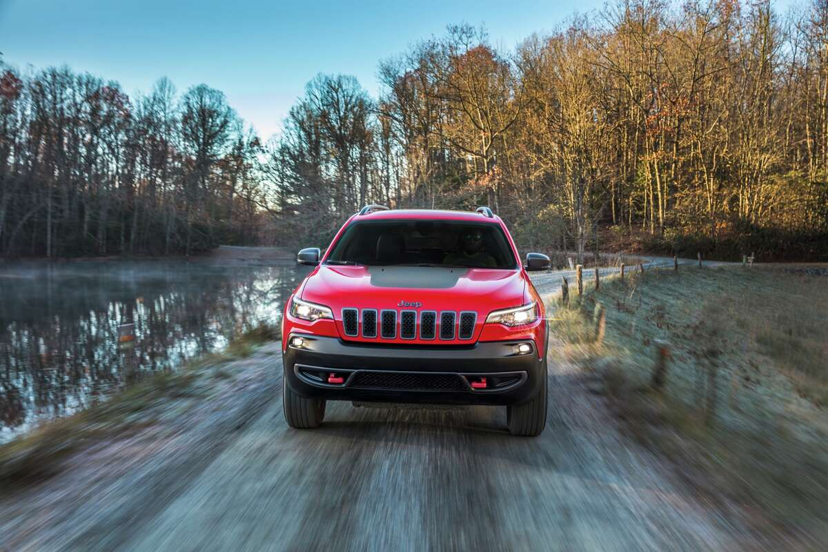 The best selling vehicles of 2018 20. Jeep Cherokee2018 sales: 50,610Vs. 2017: 24.2 percent