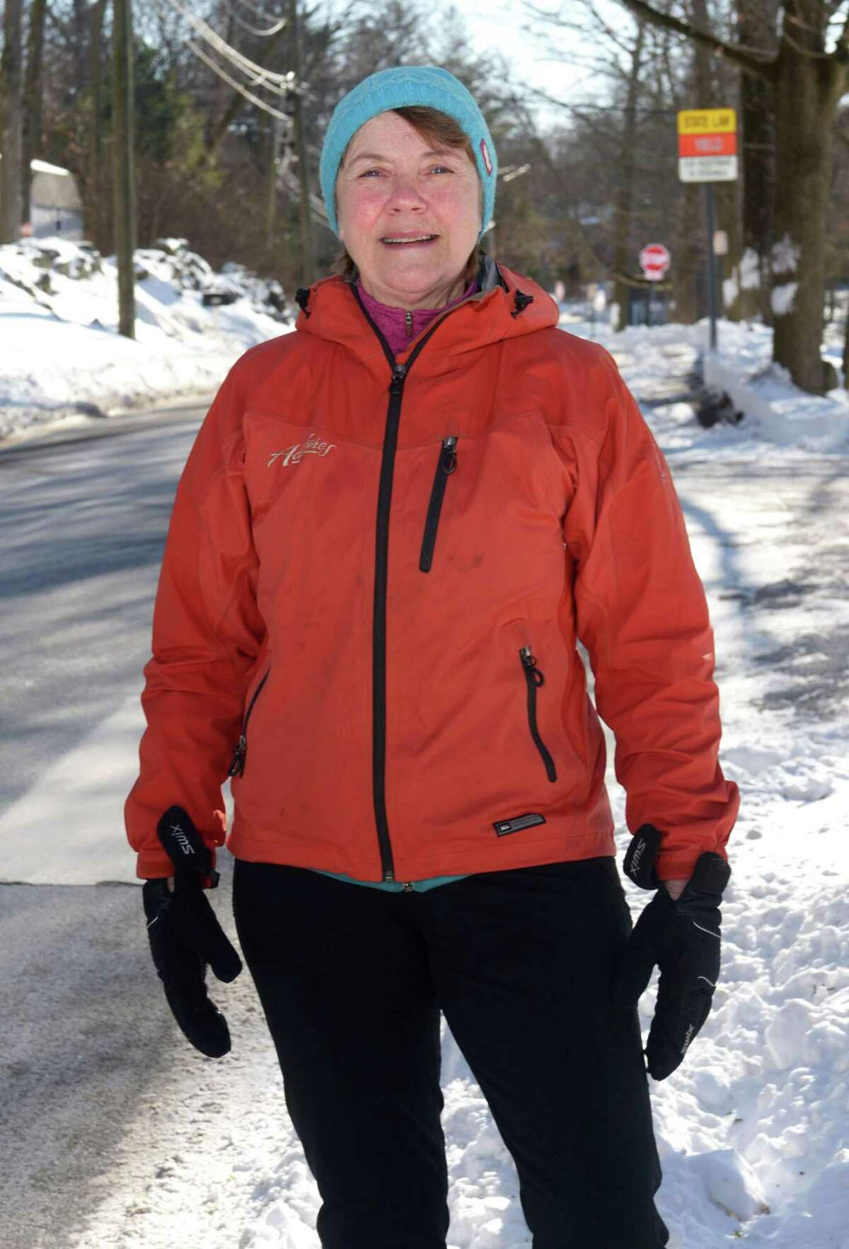 Deborah Lewis, an avid NorWALKER, organizes a weekly walking tour from Silvermine School on Saturday mornings. Having formerly worked in the corporate wellness industry, she believes that a good walking program is social, safe and should be regularly scheduled.