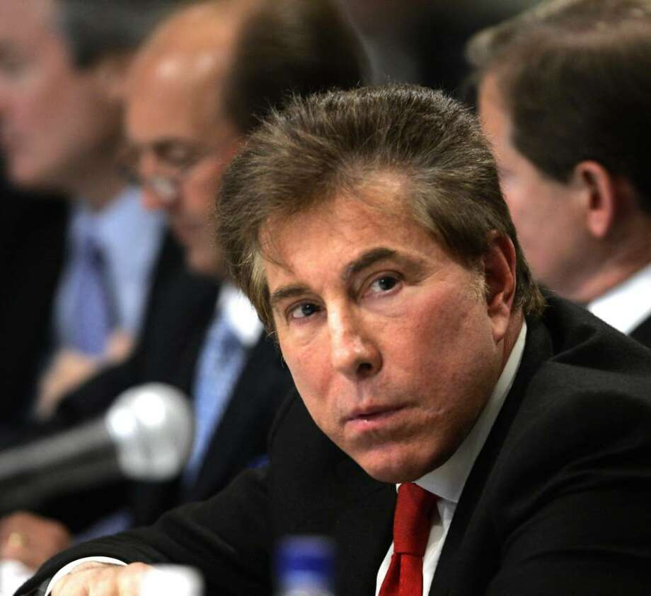 Hotel unions say Las Vegas casino mogul Steve Wynn has failed to reach a labor agreement if he wins the bid to operate a racino at Aqueduct Race Coursein Queens. Several other bidders have made deals, while talks are incomplete with others, labor says.. Photo: Mike Groll / AP