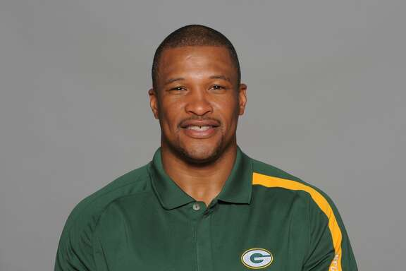 GREEN BAY, WI - CIRCA 2011: In this handout image provided by the NFL,  Darren Perry of the Green Bay Packers poses for his NFL headshot circa 2011 in Green Bay, Wisconsin.  (Photo by NFL via Getty Images)