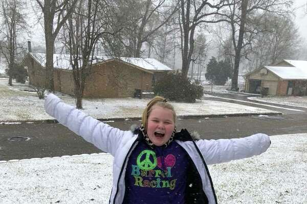 It was a winter wonderland Tuesday as residents from across Jasper County took the opportunity to photograph the a scene that this area does not see often.
