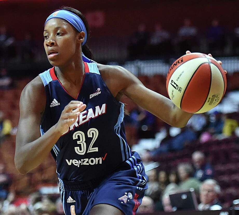 Hillhouse alum Bria Holmes, a guard for the Atlanta Dream, will miss the 2018 WNBA season after announcing she was pregnant with her first child on Tuesday. Photo: Catherine Avalone / / New Haven RegisterThe Middletown Press