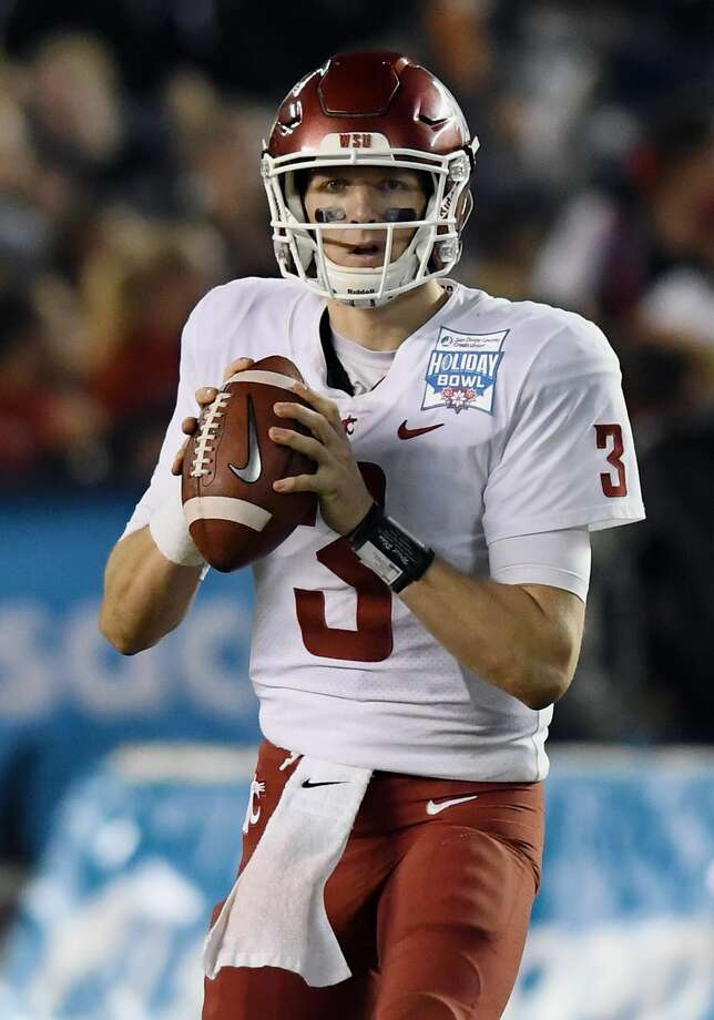 SAN DIEGO, CA - DECEMBER 28: Washington State Cougars quarterback Tyler Hilinski (3) back to pass in the fourth quarter of the Holiday Bowl played against the Michigan State Spartans, on December 28, 2017, played at SDCCU Stadium in San Diego, CA. (Photo by John Cordes/Icon Sportswire via Getty Images) Photo: Icon Sportswire/Icon Sportswire Via Getty Images