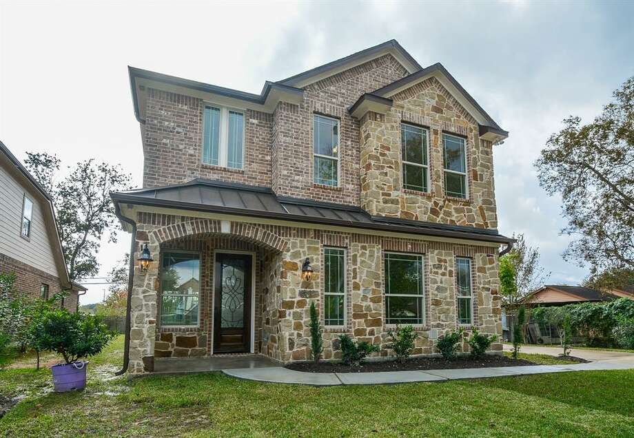 6311 Brooklawn Drive in Southwest HoustonList price: $290,000Square feet: 2,477 Photo: Houston Association Of Realtors
