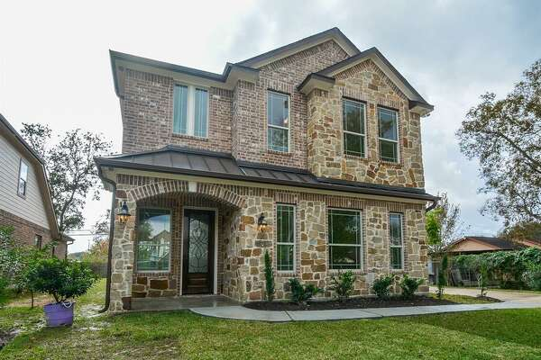 6311 Brooklawn Drive in Southwest Houston       List price : $290,000   Square feet : 2,477