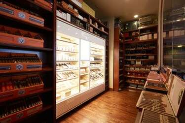 New upscale cigar lounge lights up in The Woodlands
