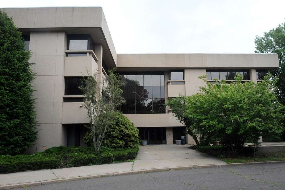 100 Oakview Drive in Trumbull, Conn. July 6, 2017. Sale of the building has been finalized as a 202-unit apartment building has been approved for the property. Photo: Ned Gerard / Hearst Connecticut Media / Connecticut Post