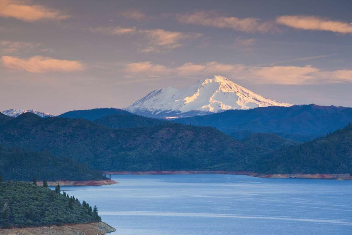 A file image of Shasta Lake, an artificial lake created by the construction of Shasta Dam across the Sacramento River.