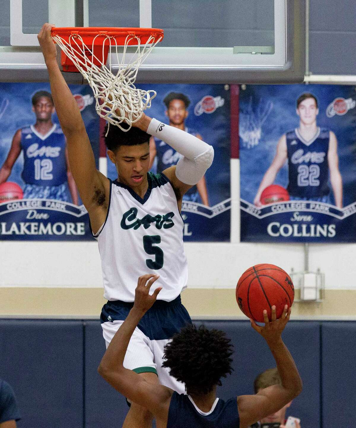 HOUSTON'S TOP HIGH SCHOOL BASKETBALL RECRUITS (CLASS OF 2018) 1. Quentin Grimes, 6-5, guard, College Park Signed with Kansas