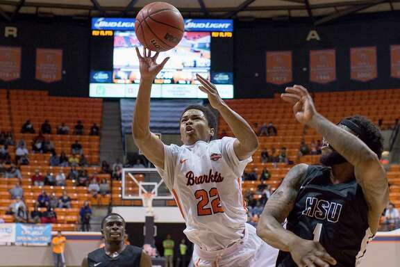 Sam Houston State's Marcus Harris in action during the 2017-18 basketball season.