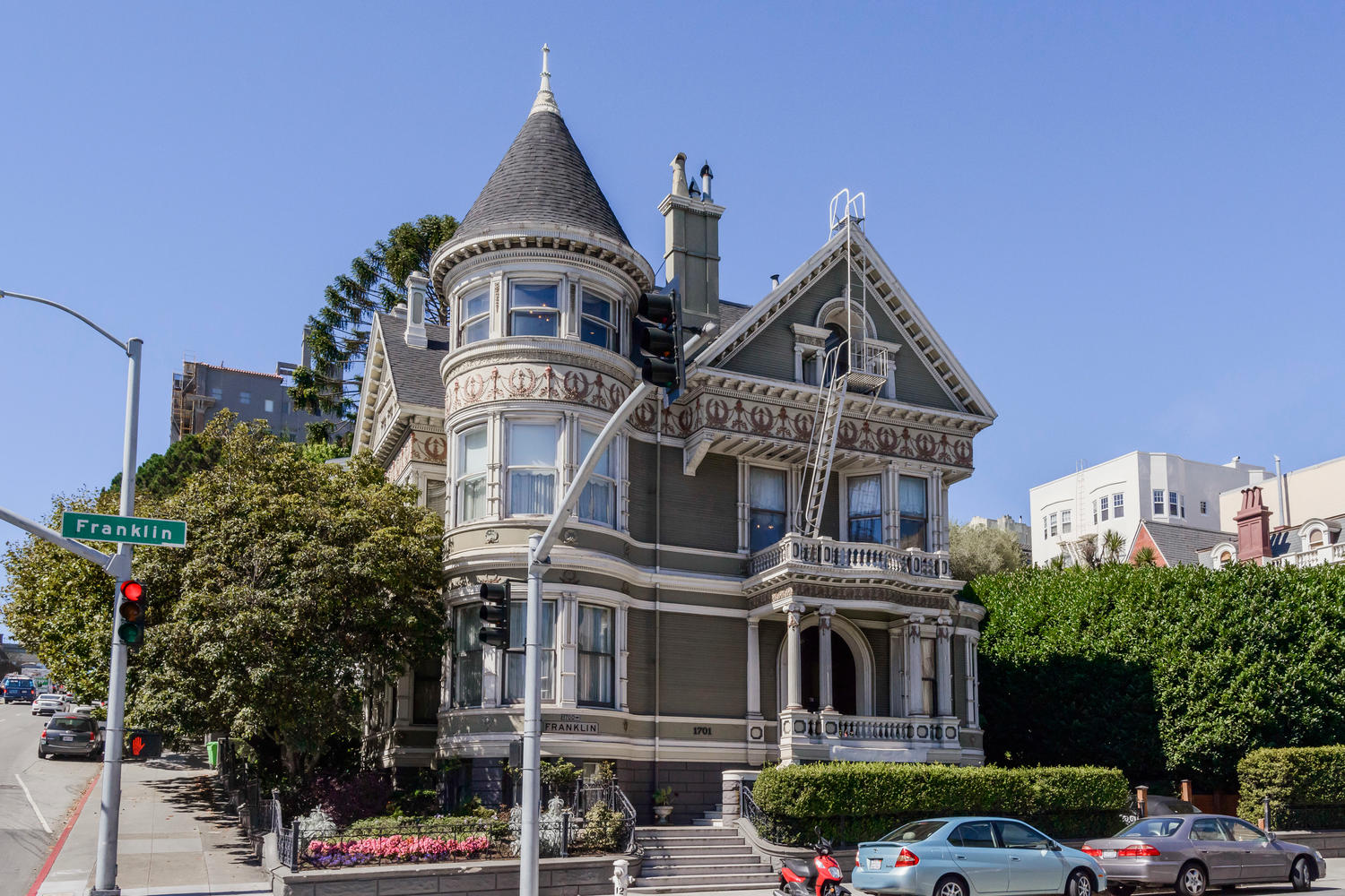 iconic queen anne victorian hits the market in san. Black Bedroom Furniture Sets. Home Design Ideas