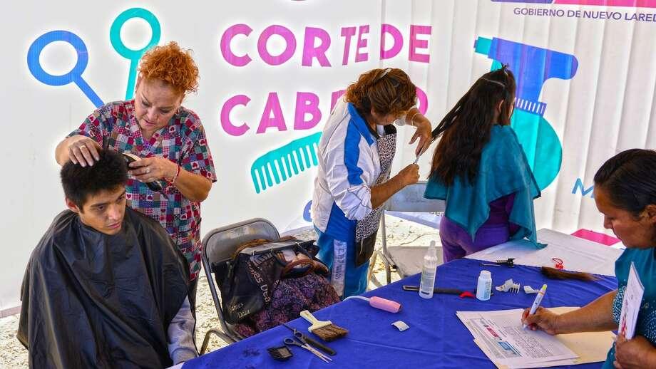 El objetivo del Programa Autoempleo es entregar mobiliario, maquinaria y equipo a los ciudadanos que deseen emprender su propio negocio. Photo: Foto De Cortesía /Gobierno De Nuevo Laredo