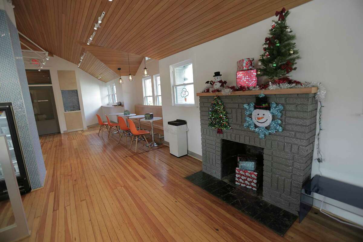 The interior of Cloud 10 Creamery, which was a historic Heights bungalow, located in the Heights Mercantile retail center. Photographed on Thursday, Dec. 21, 2017, in Houston. ( Elizabeth Conley / Houston Chronicle )