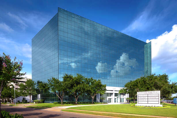 Westchase Park Plaza represents Hertz Investment Group's first purchase in Texas.